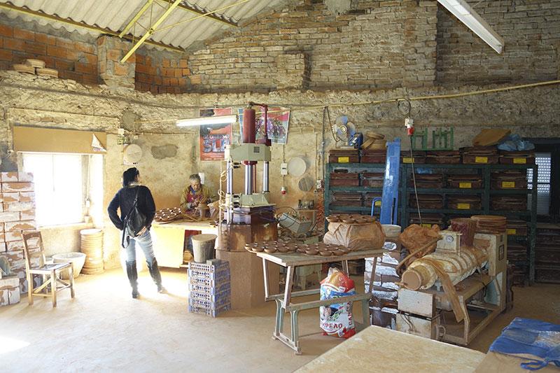 In der Werkstatt von Olaria Polido & Filho