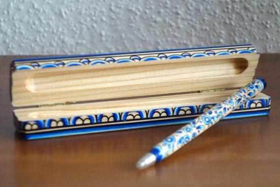Kästchen mit Stift